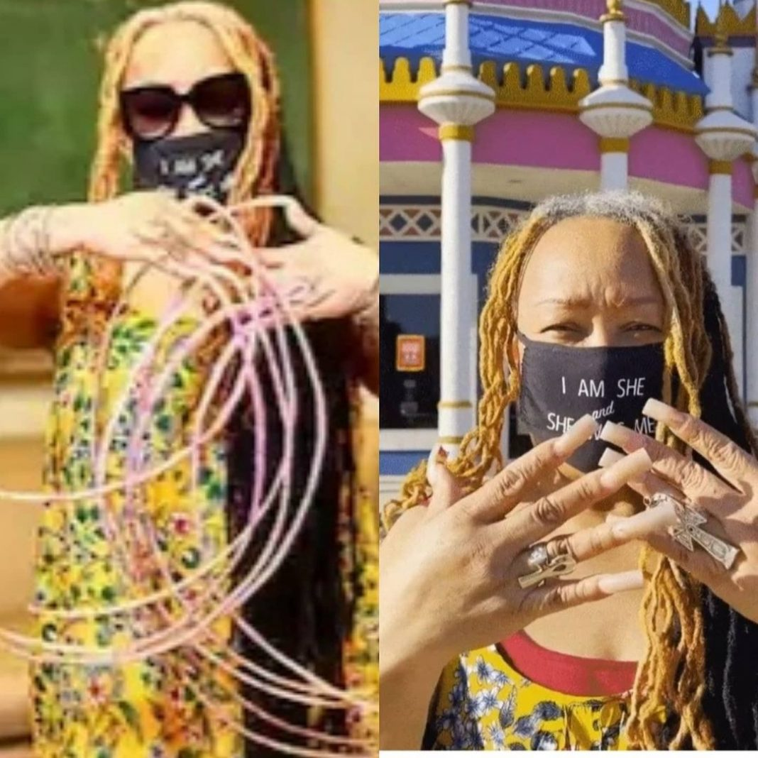 Lady with the longest nails